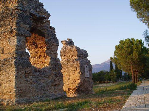 tiburtina-wall
